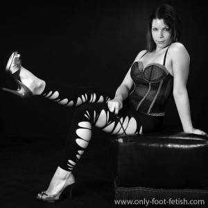 Mindy in purple corset and black sexy leggings B&W